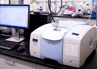 Spectrum 100 FTIR with UATR Attachment